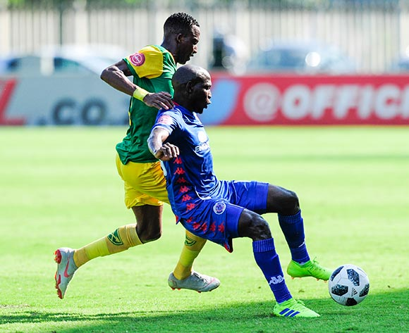 Aubrey Modiba of Supersport United tries to prevent Divine Lunga of Lamontville Golden Arrows  of getting to the ball during the Absa Premiership 2018/19 game between Golden Arrows and SuperSport United at Sugar Ray Xulu Stadium in Durban the on 10 February 2019 © Gerhard Duraan/BackpagePix