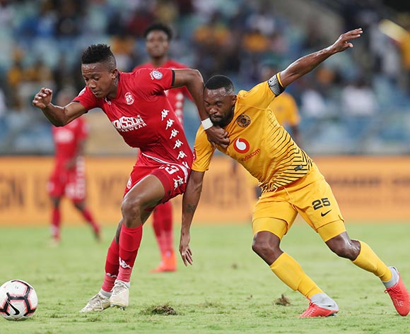 Spiwe Msimango of Highlands Park challenged by Bernard Parker of Kaizer Chiefs during the Absa Premiership 2018/19 match between Kaizer Chiefs and Highlands Park at the Moses Mabhida Stadium, Durban on the 02 March 2019 ©Muzi Ntombela/BackpagePix