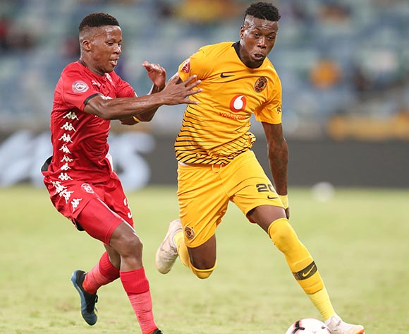 Teenage Hadebe of Kaizer Chiefs challenged by Sabelo Nyembe of Highlands Park during the Absa Premiership 2018/19 match between Kaizer Chiefs and Highlands Park at the Moses Mabhida Stadium, Durban on the 02 March 2019 ©Muzi Ntombela/BackpagePix