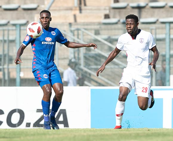 Mxolisi Macuphu of Supersport United challenged by Simisani Mathumo of Free State Stars during the Absa Premiership 2018/19 match between Supersport United and Free State Stars at Lucas Moripe Stadium, Pretoria on 10 March 2019 ©Samuel Shivambu/BackpagePix