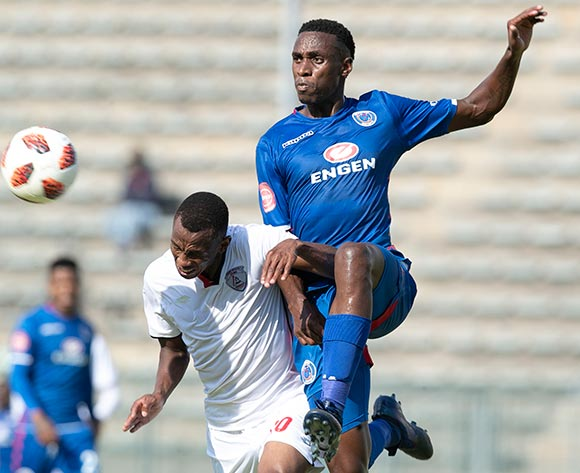 Mxolisi Macuphu of Supersport United challenged by Sifiso Mbhele of Free State Stars during the Absa Premiership 2018/19 match between Supersport United and Free State Stars at Lucas Moripe Stadium, Pretoria on 10 March 2019 ©Samuel Shivambu/BackpagePix