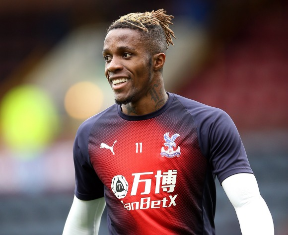 Brighton manager wary of 'top player' Wilfried Zaha