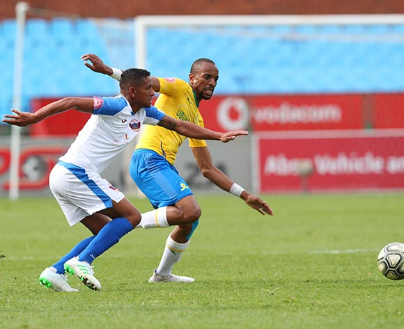 Tiyani Mabunda of Mamelodi Sundowns challenged by Daine Klate of Chippa United during the Absa Premiership 2018/19 match between Mamelodi Sundowns and Chippa United at Loftus Versfeld Stadium, Pretoria on 23 April 2019 ©Samuel Shivambu/BackpagePix