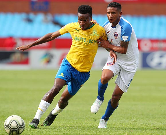 Themba Zwane of Mamelodi Sundowns challenged by Daine Klate of Chippa United during the Absa Premiership 2018/19 match between Mamelodi Sundowns and Chippa United at Loftus Versfeld Stadium, Pretoria on 23 April 2019 ©Samuel Shivambu/BackpagePix