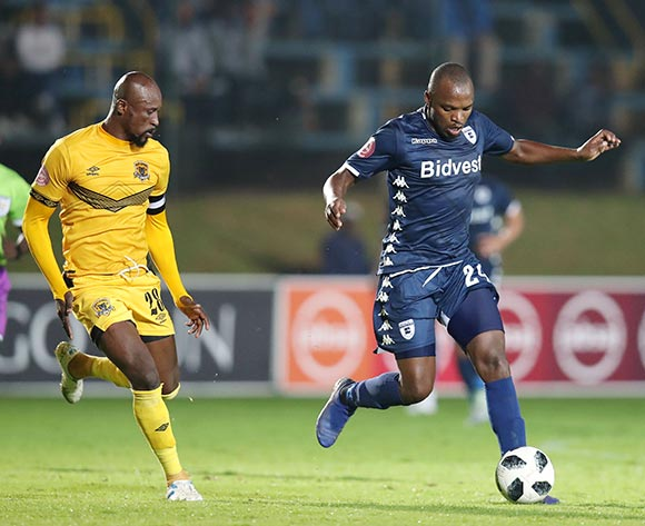 Gift Motupa of Bidvest Wits challenged by Jean Munganga of Black Leopards during the Absa Premiership 2018/19 match between Bidvest Wits and Black Leopards at the Bidvest Stadium, Johannesburg on the 24 April 2019 ©Muzi Ntombela/BackpagePix