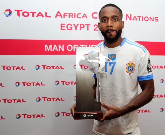 Cedric Bakambu of DR Congo receives the Total Man of the Match award after the 2019 Africa Cup of Nations Finals game between Zimbabwe and DR Congo at 30 June Stadium in Cairo, Egypt on 30 June 2019 © Ryan Wilkisky/BackpagePix