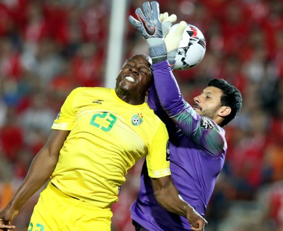 Nyasha Mushekwi of Zimbabwe challenged by Mohamed El Shenawy of Egypt during the 2019 Africa Cup of Nations Finals match between Egypt and Zimbabwe at Cairo International Stadium, Cairo, Egypt on 21 June 2019 ©Samuel Shivambu/BackpagePix