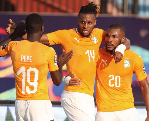 Jonathan Kodjia of Ivory Coast (c) celebrates goal with teammates during the 2019 Africa Cup of Nations Finals football match between Ivory Coast and South Africa at the Al Salaam Stadium, Cairo, Egypt on 24 June 2019 ©Gavin Barker/BackpagePix