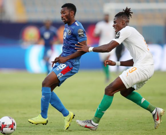 Petrus Shitembi of Namibia challenged by Wilfried Zaha of Ivory Coast during the 2019 Africa Cup of Nations match between Namibia and Ivory Coast at the 30 June Stadium, Cairo on the 01 July 2019 ©Muzi Ntombela/BackpagePix