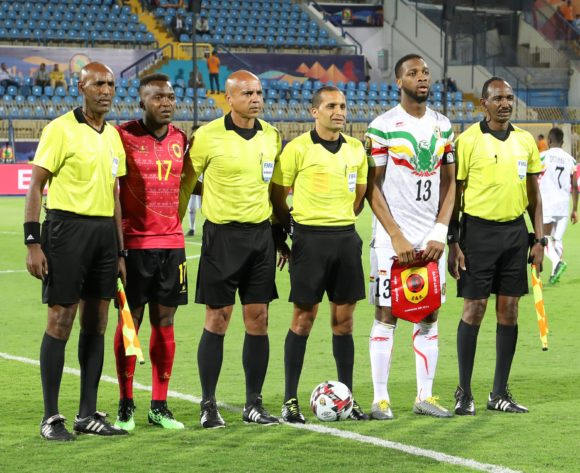 Coin Toss during the 2019 Africa Cup of Nations match between Angola and Mali at the Ismailia Stadium, Ismailia on the 02 July 2019 ©Muzi Ntombela/BackpagePix