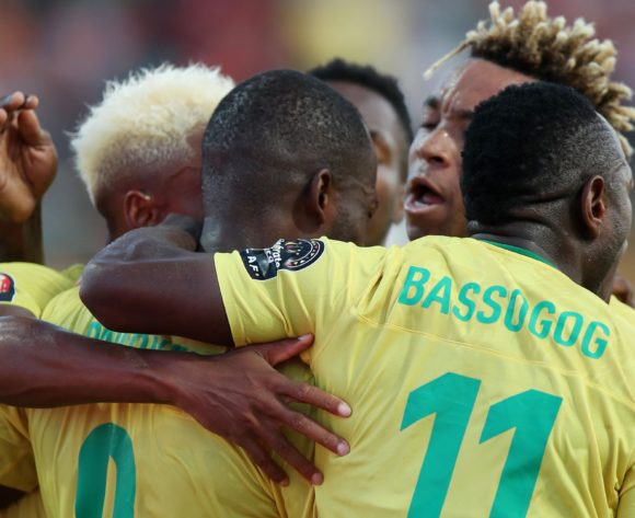 Stephane Bahoken of Cameroon celebrates goal with teammates during the 2019 Africa Cup of Nations Last 16 match between Nigeria and Cameroon at the Alexandria Stadium, Alexandria on the 06 July 2019 ©Muzi Ntombela/BackpagePix