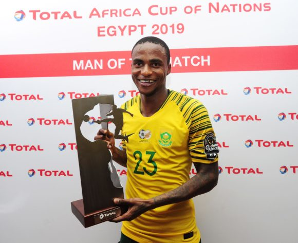 Thembinkosi Lorch of South Africa receives the Total Man of the Match award after the 2019 Africa Cup of Nations Finals last 16 match between Egypt and South Africa at Cairo International Stadium in Cairo, Egypt on 06 July 2019 © Ryan Wilkisky/BackpagePix