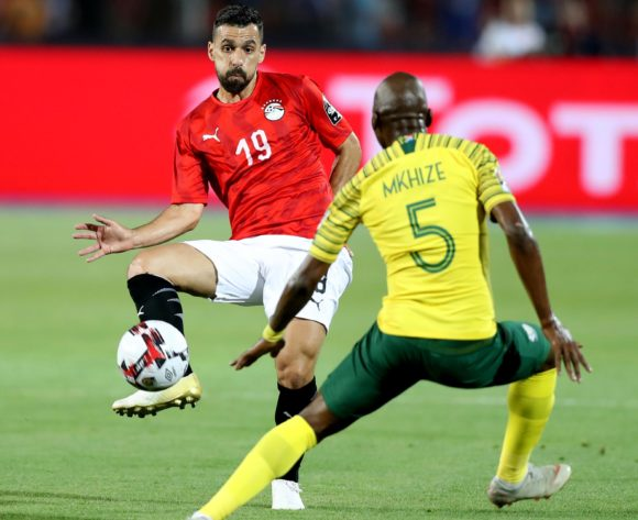 Abdallah El Said of Egypt challenged by Thamsanqa Mkhize of South Africa during the 2019 Africa Cup of Nations Finals last 16 match between Egypt and South Africa at Cairo International Stadium, Cairo, Egypt on 06 July 2019 ©Samuel Shivambu/BackpagePix