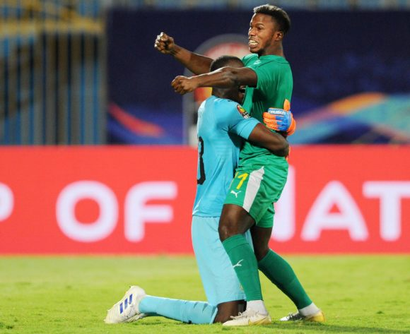 Alfred Gomis of Senegal celebrates with teammate Keita Balde after the Africa Cup of Nations 2019 Finals semifinal game between Senegal and Tunisia at 30 June Stadium in Cairo, Egypt on 14 July 2019 © Ryan Wilkisky/BackpagePix