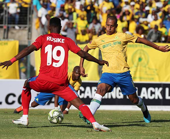 Wayne Arendse of Sundowns challenged by Evans Rusike of Supersport during the Absa Premiership 2019/20 football match between Mamelodi Sundowns and SuperSport United at Lucas Moripe Stadium, Pretoria on 03 August 2019 ©Gavin Barker/BackpagePix