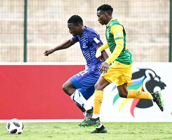 Ntsako Makhubela of Lamontville Golden Arrows chases Bongokuhle Hlongwane of Maritzburrg United during the Absa Premiership 2019/20 football match between Golden Arrows and Maritzburg United at Sugar Ray Xulu Stadium, Durban on 04 August 2019 © Gerhard Duraan/BackpagePix