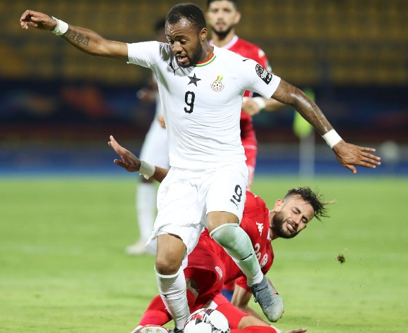 Ayew nets penalty as Ghana labour to win