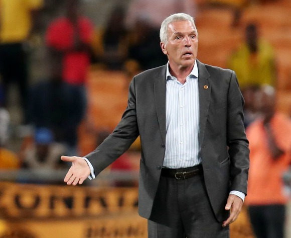 Chiefs coach Middendorp putting break to good use