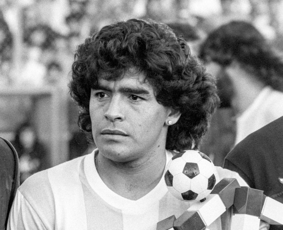 Africa's greatest pay tribute to Diego Maradona